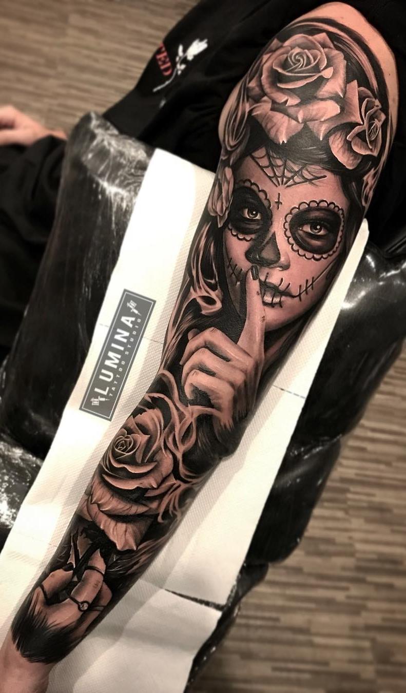Braço-fechado-de-tatuagem-6