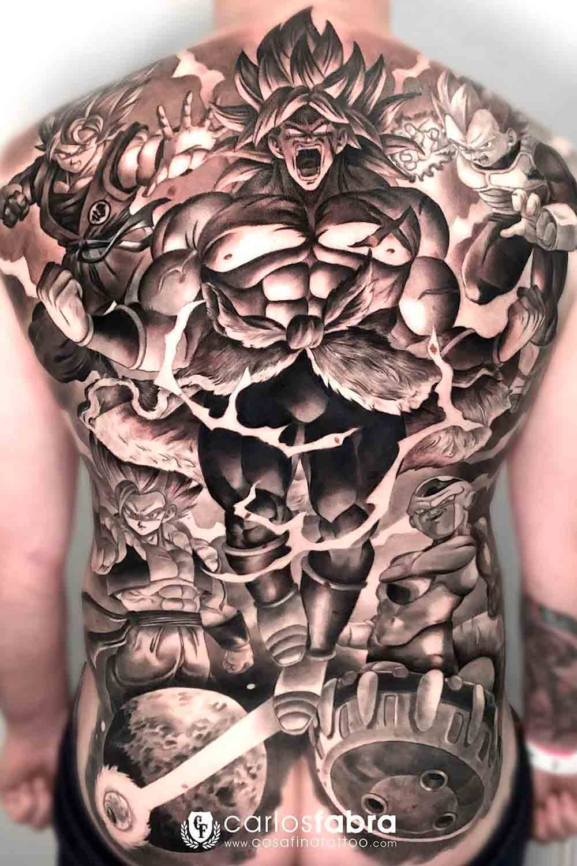 Tatuagens-masculina-nas-costas-11