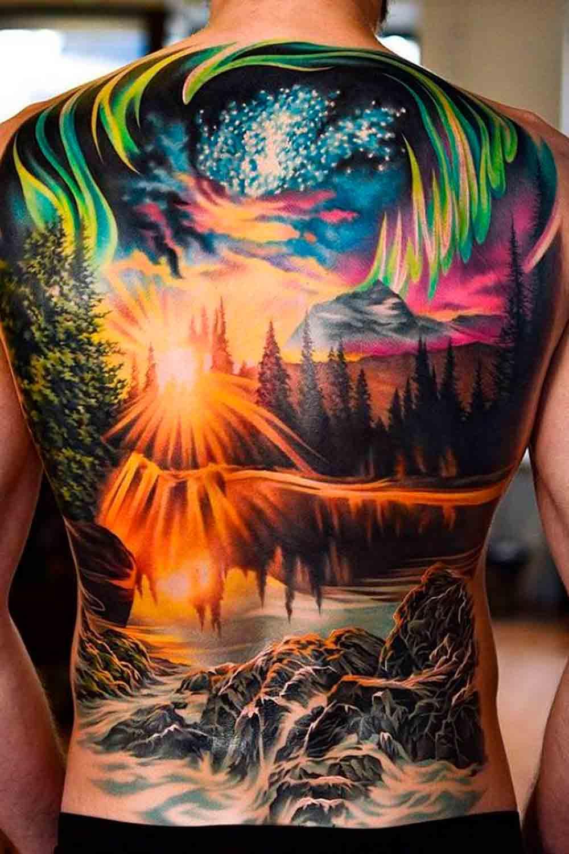 Tatuagens-masculina-nas-costas-3