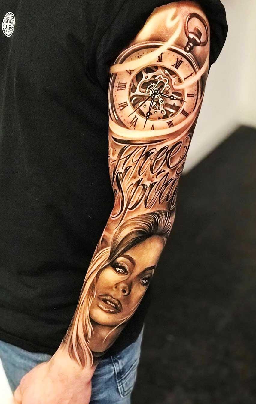 braço-fechado-de-tatuagem-de-relogio