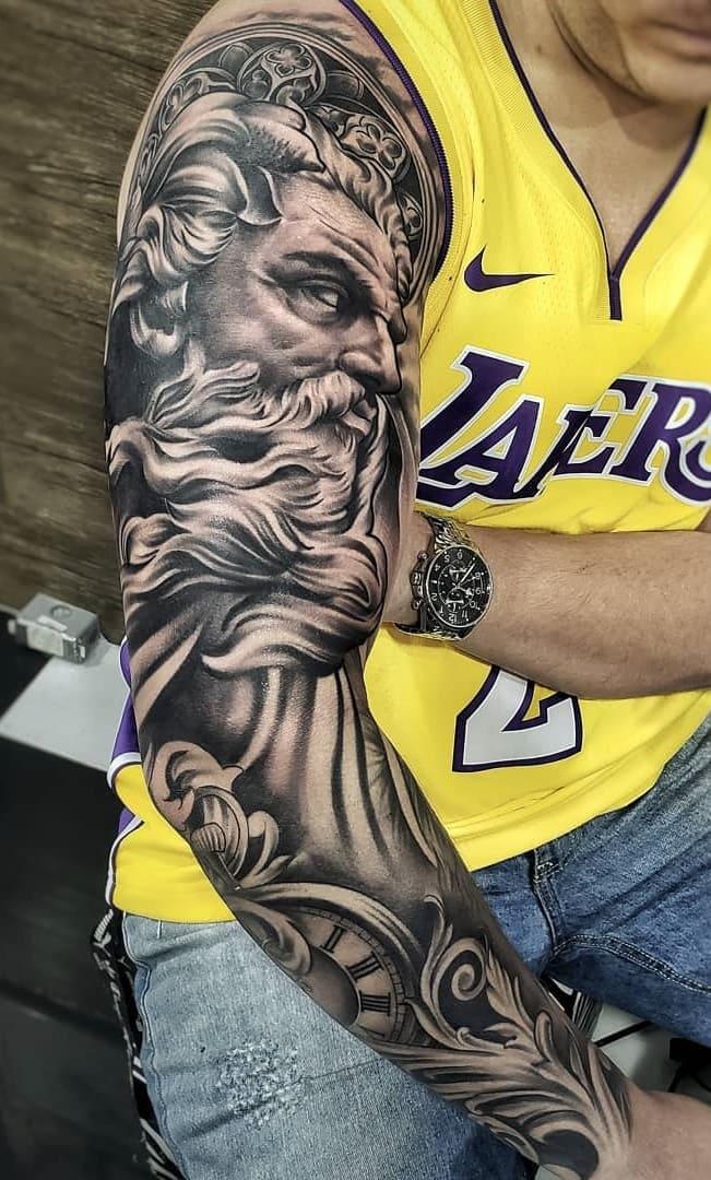 braço-fechado-de-tatuagens-masculinas-fotos-2-1