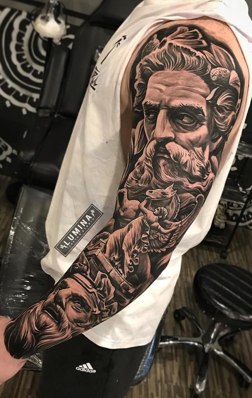 fotos-de-tatuagens-de-braço-fechado-masculina-40