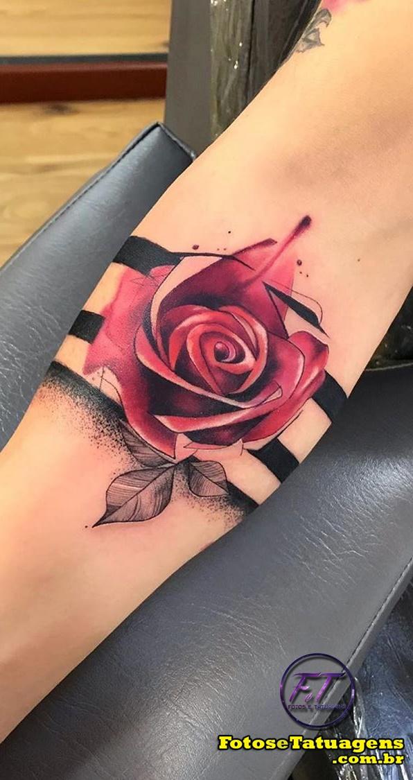 tatuagem-feminina-de-rosa-1