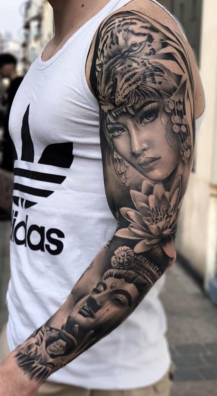 tatuagem-masculina-de-braço-fechado-2