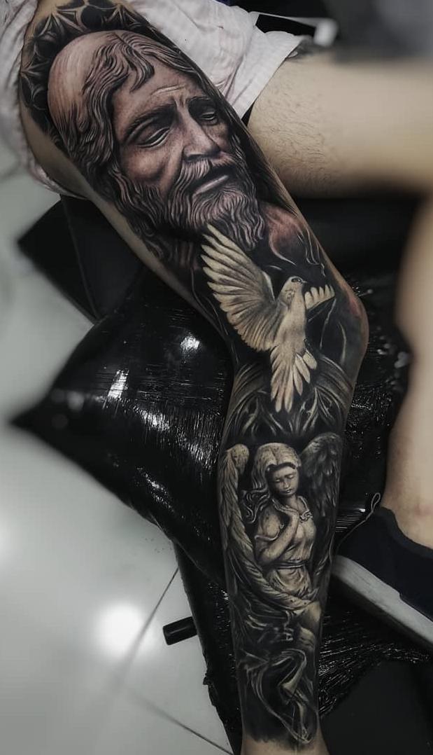 Fotos-de-tatuagens-femininas-na-perna-23