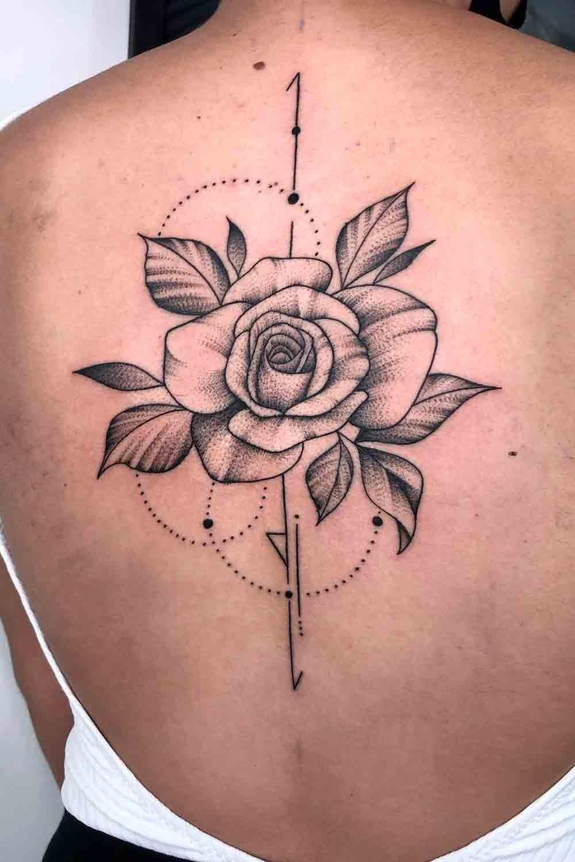 Tatuagens-femininas-nas-costas-4