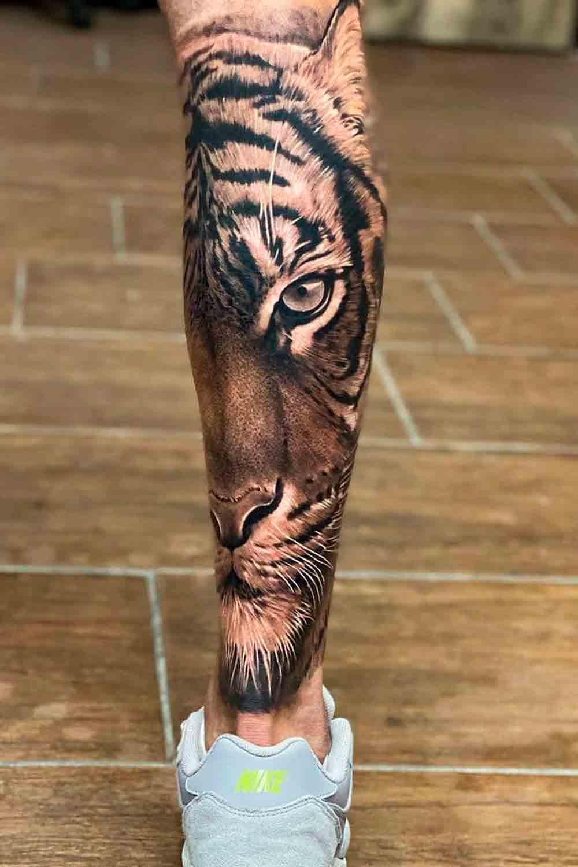 Tatuagens-masculinas-na-perna-4