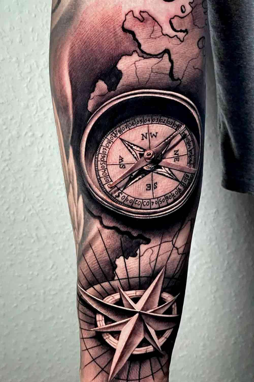 tatuagem-de-rosa-dos-ventos-3