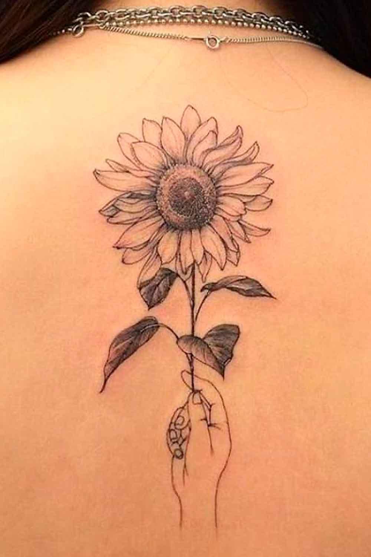 tatuagens-femininas-nas-costas-9-1
