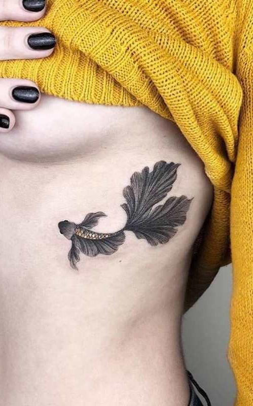 Fotos-de-tatuagens-femininas-na-costela-16