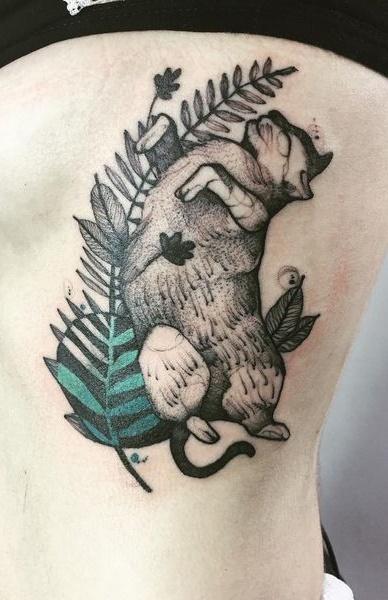 Fotos-de-tatuagens-femininas-na-costela-26