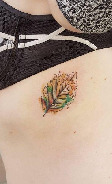 Fotos-de-tatuagens-femininas-na-costela-29