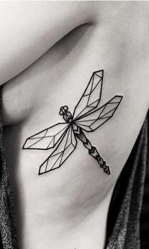 Fotos-de-tatuagens-femininas-na-costela-9