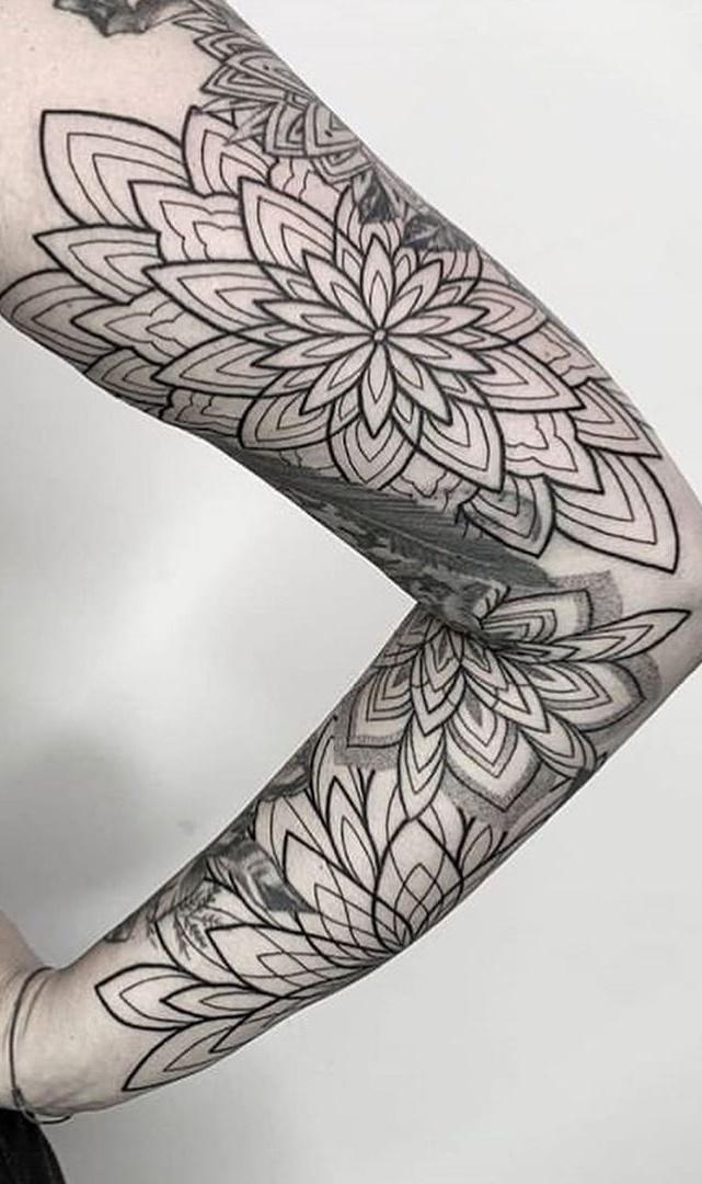 tatuagens-geometricas-femininas-8