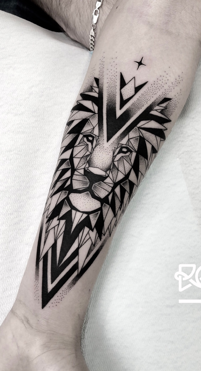 tatuagens-geometricas-masculinas-2
