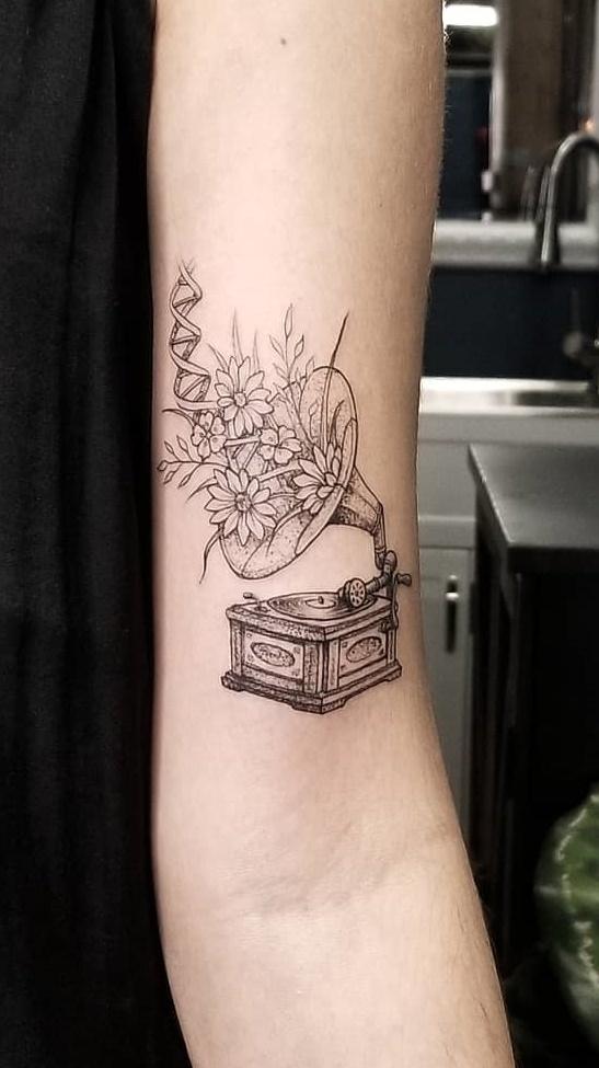 Tatuagem-femininas-fine-line-19