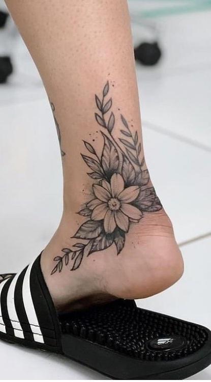 lindas-tatuagem-feminina-no-tornozelo-3