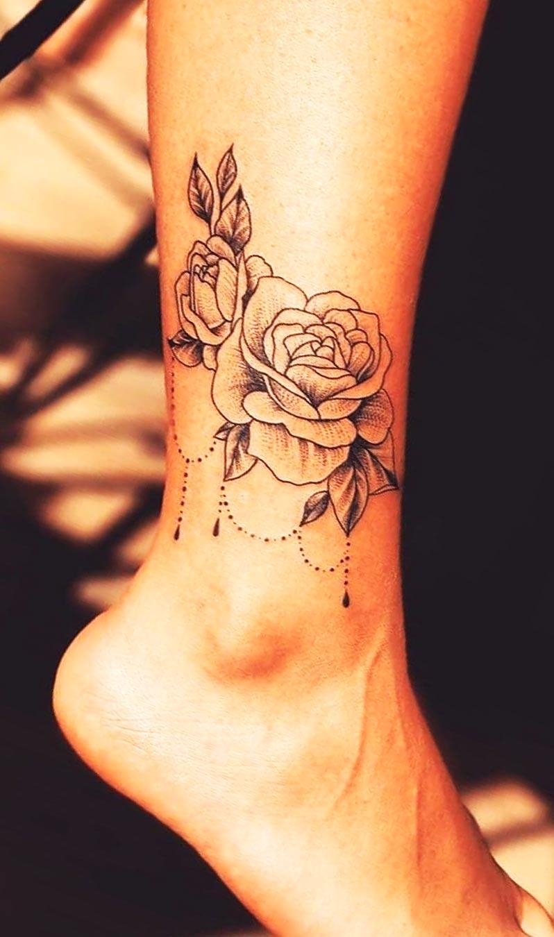 tatuagem-de-rosa-no-tornozelo