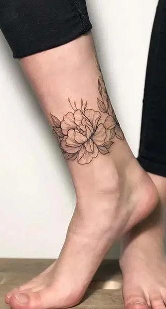 tatuagem-feminina-no-tornozelo-11