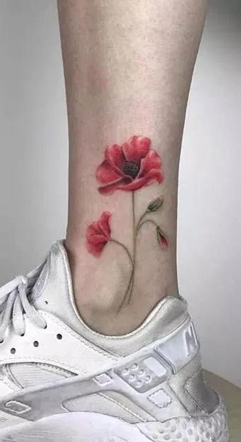 tatuagem-feminina-no-tornozelo-15