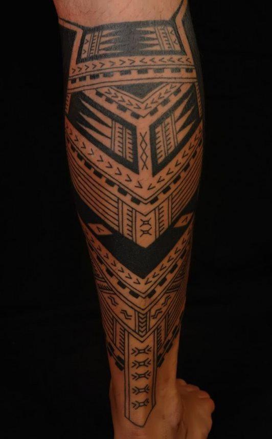 Tatuagem-masculina-na-perna-15