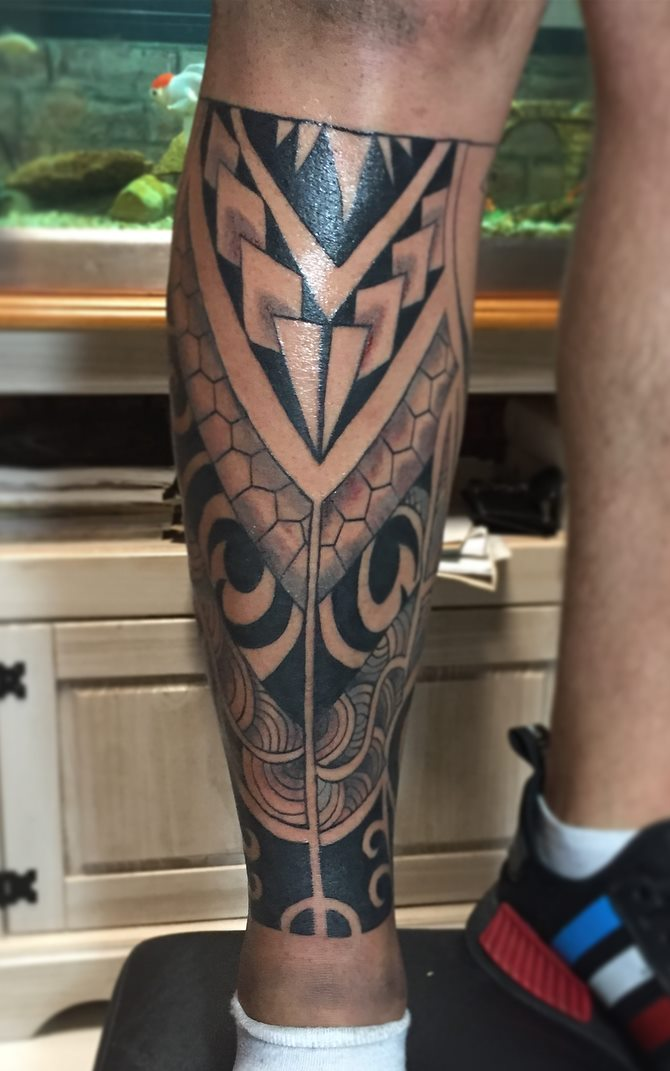 Tatuagem-masculina-na-perna-22