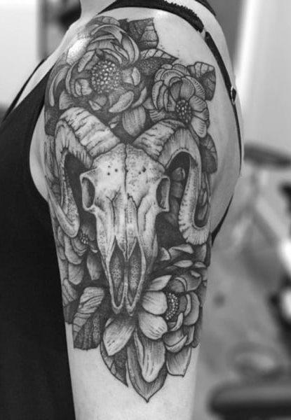 Tatuagens-femininas-no-ombro-13-1