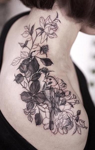 Tatuagens-femininas-no-ombro-4