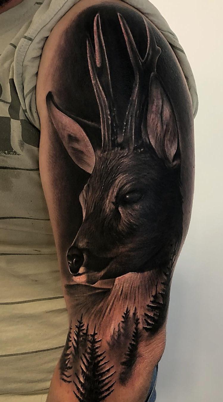 Tatuagens-na-parte-superior-do-braço-11