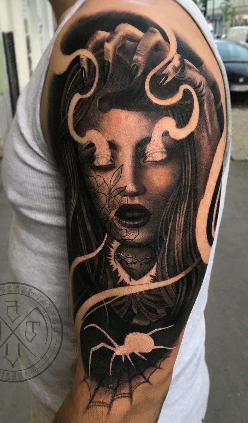 Tatuagens-na-parte-superior-do-braço-6