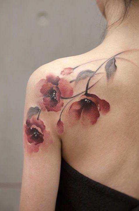 tatuagens-femininas-nas-costas-28