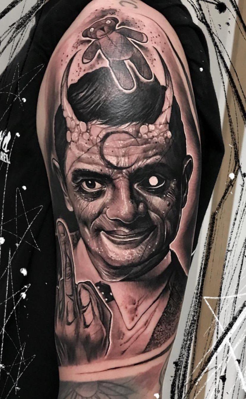 tatuagens-masculina-na-parte-superior-do-braço-1
