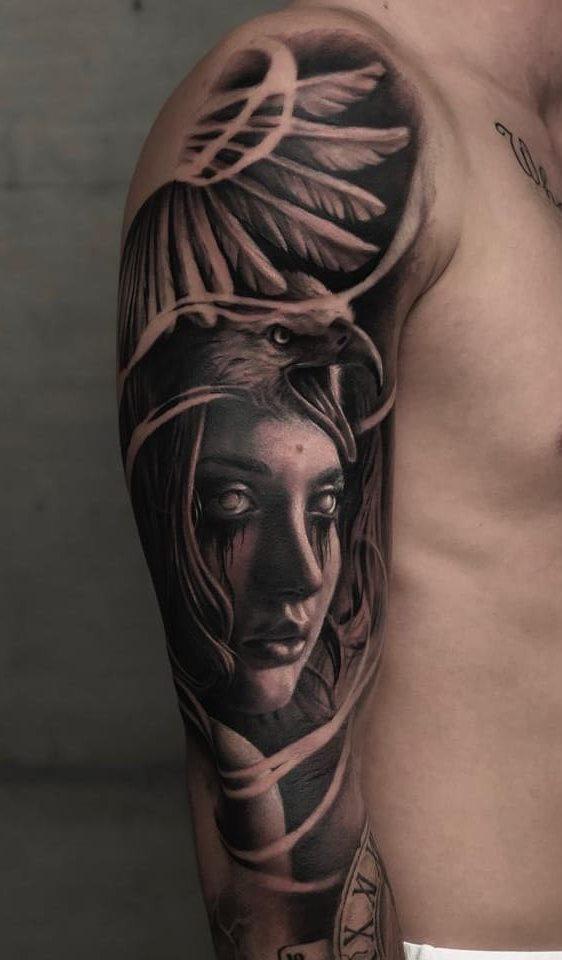 tatuagens-masculina-na-parte-superior-do-braço-10