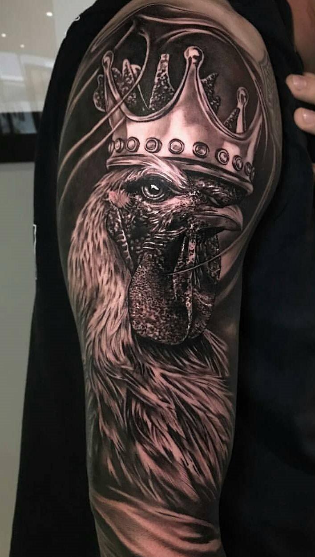 tatuagens-masculina-na-parte-superior-do-braço-17