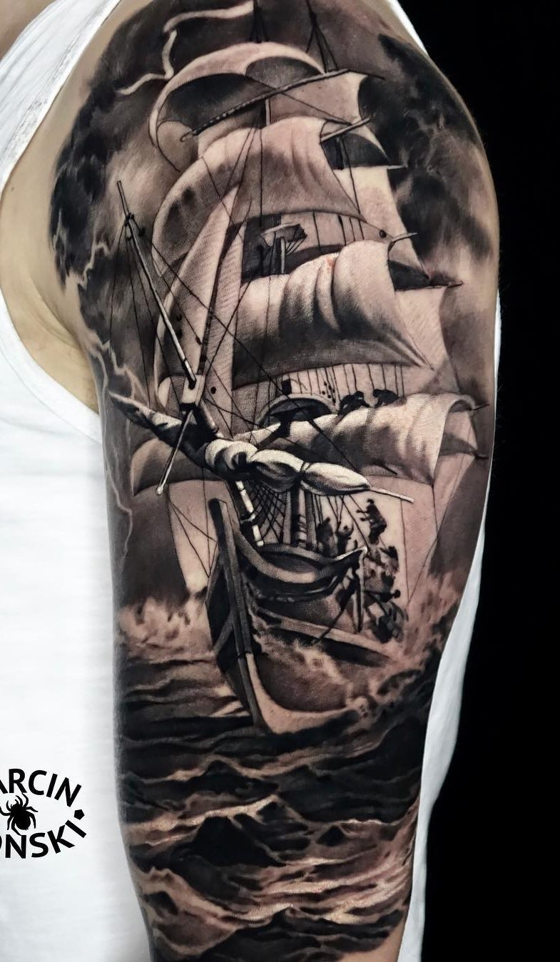 tatuagens-masculina-na-parte-superior-do-braço-31