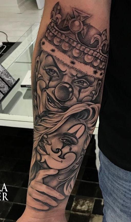 tatuagem-de-palhaço-no-antebraço