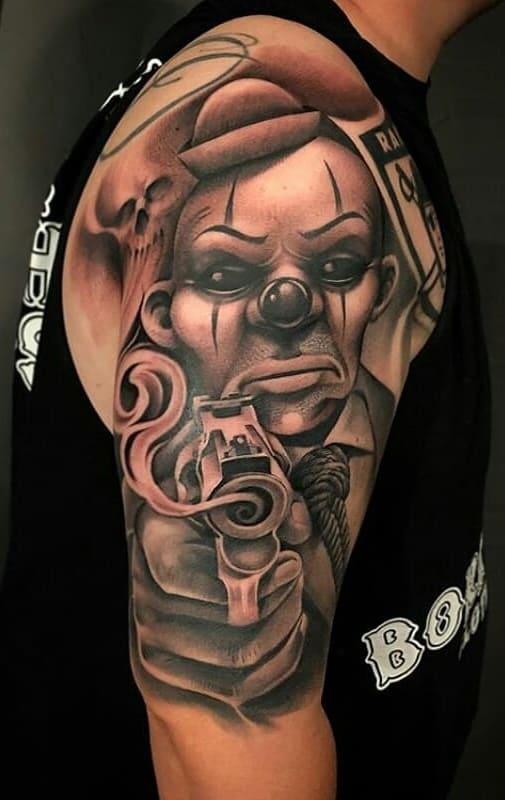 tatuagem-de-palhaço-no-braço