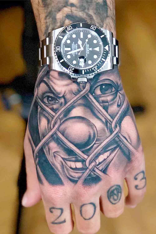 tatuagem-de-palhaco-atras-da-grade