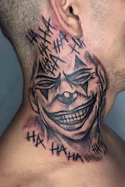 tatuagem-de-palhaco-no-pescoco-1