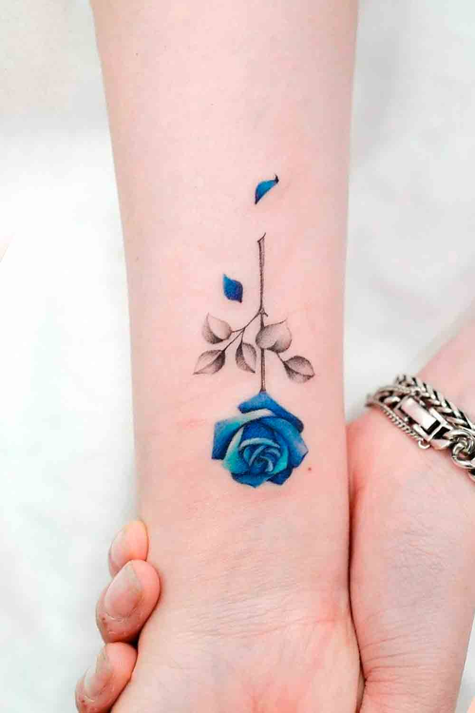 tatuagem-de-rosa-no-anterbaco