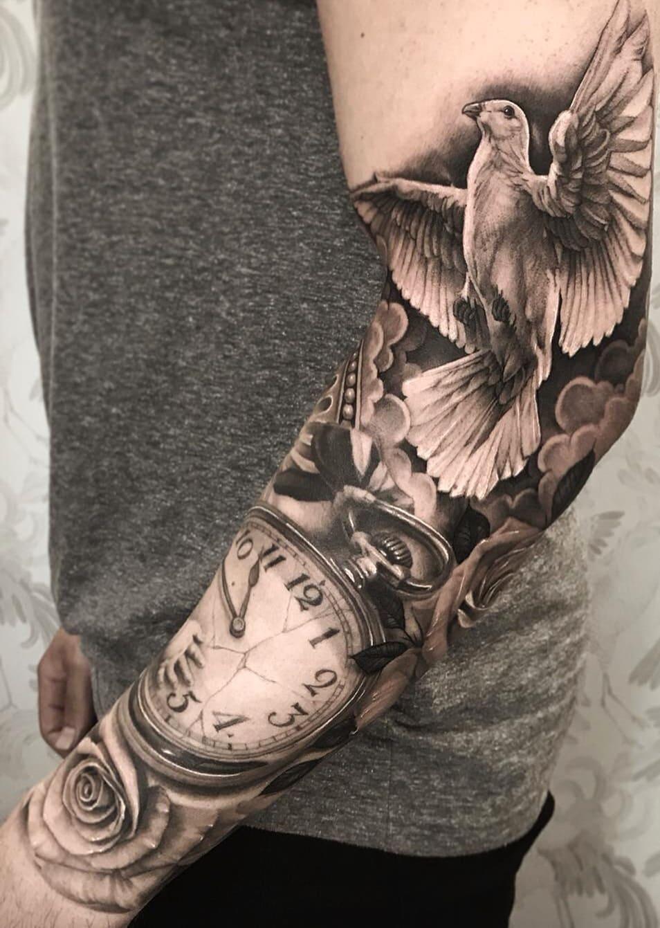 tatuagem-masculina-no-braço-23