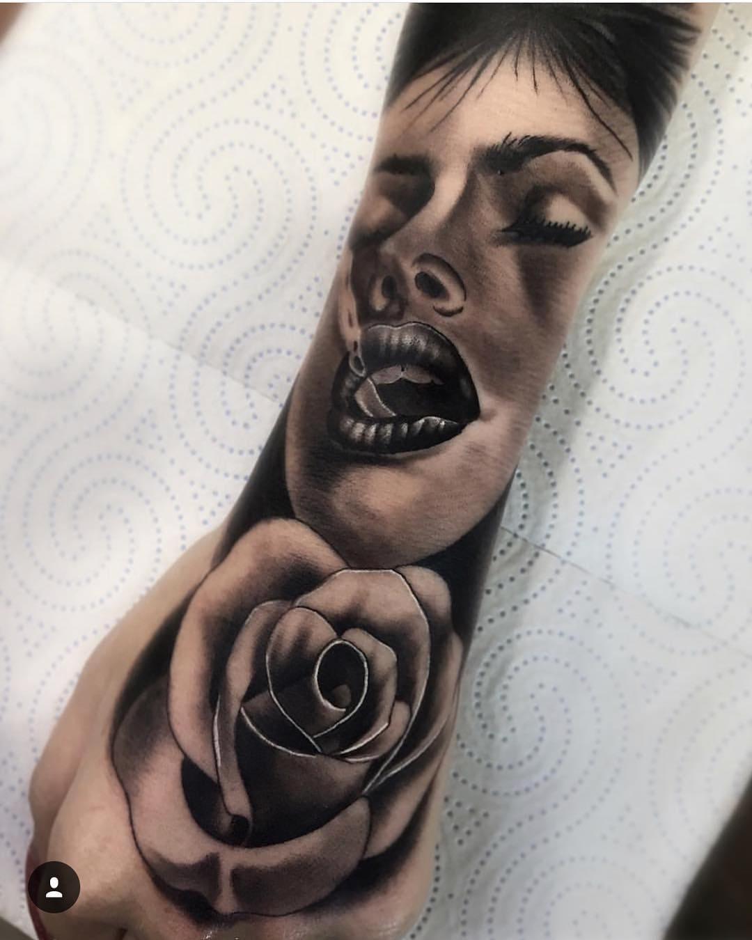 tatuagem-masculina-no-braço-24