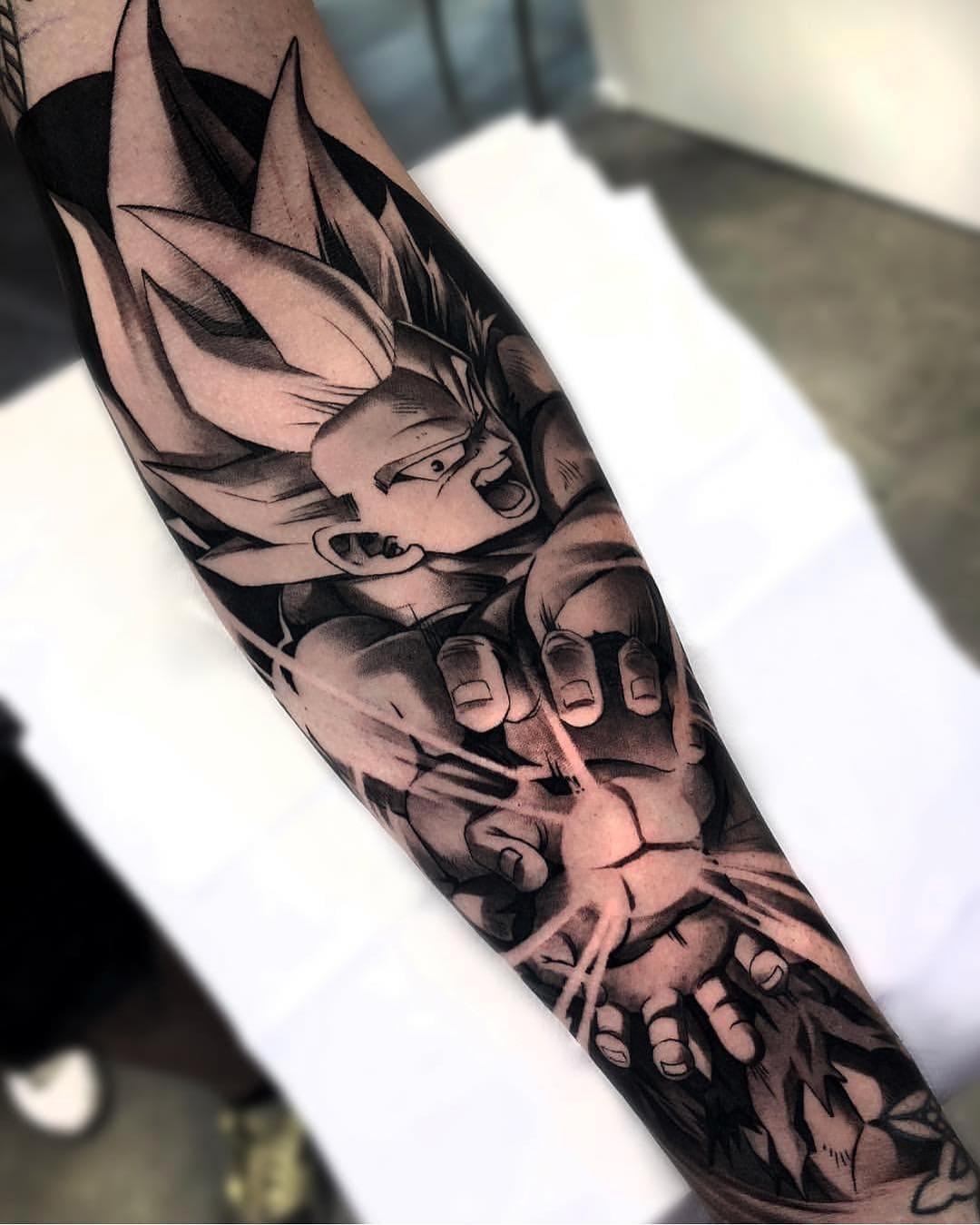 tatuagem-masculina-no-braço-29