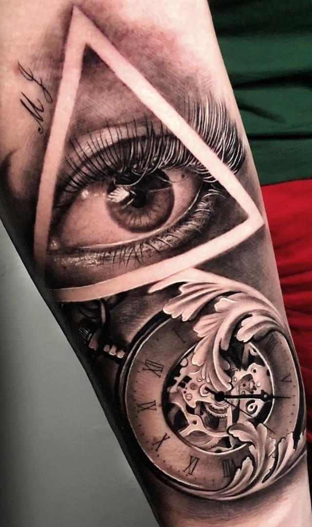 tatuagem-masculina-no-braço-96