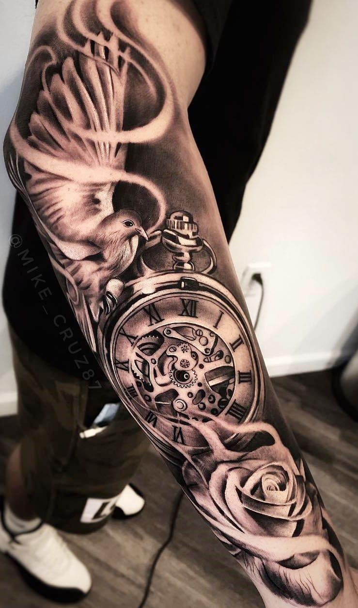 tatuagem-masculina-no-braço-98