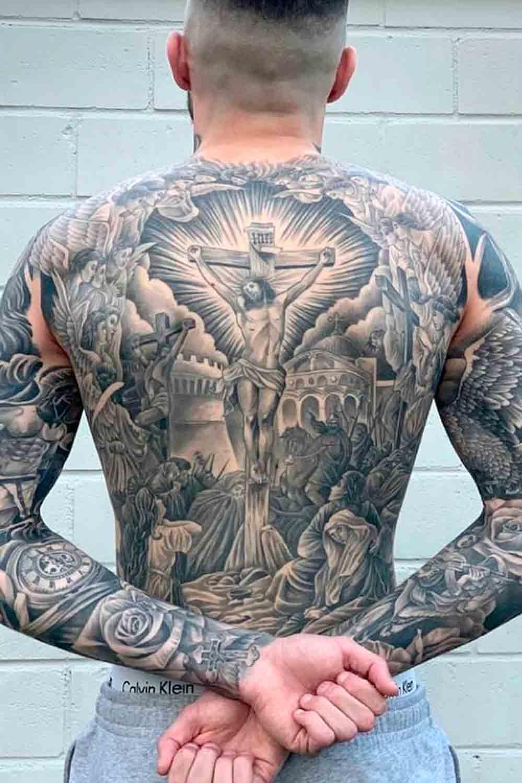 tatuagem-religiosa-de-jesus-nas-costas