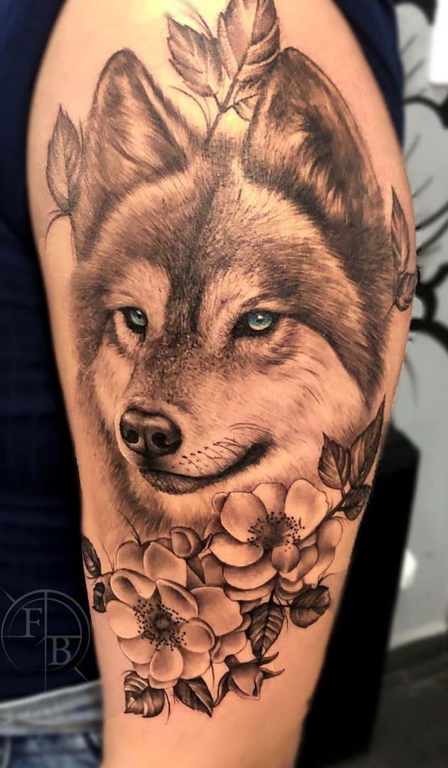 fotos-de-tatuagens-femininas-de-lobo-16