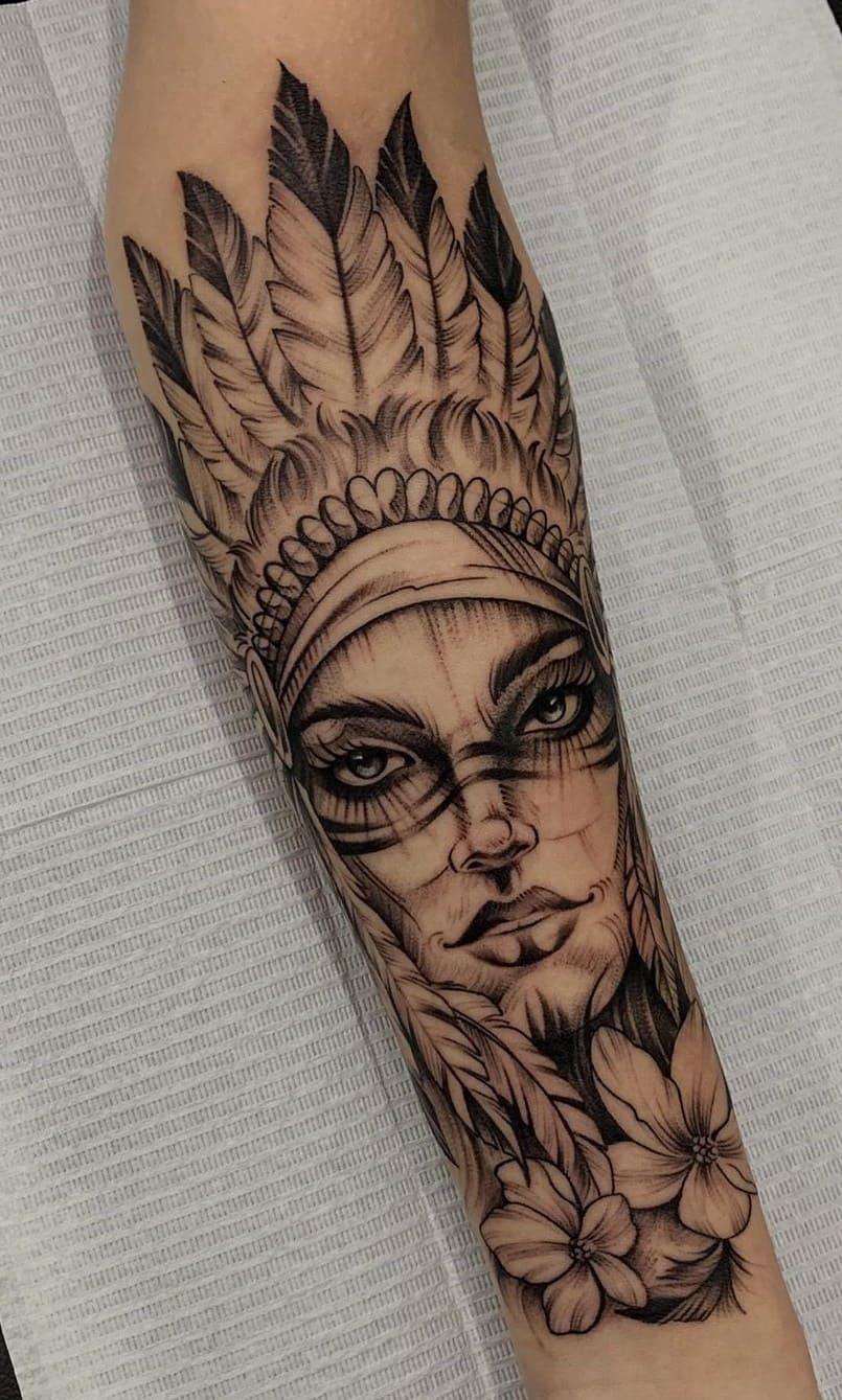 fotos-de-tatuagens-femininas-no-antebraço-23