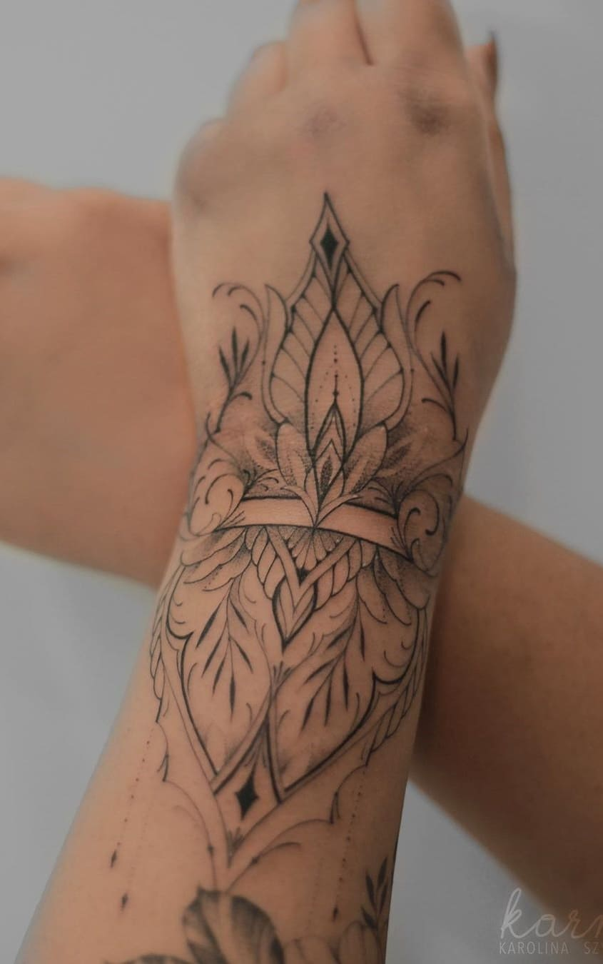 fotos-de-tatuagens-femininas-no-antebraço-9