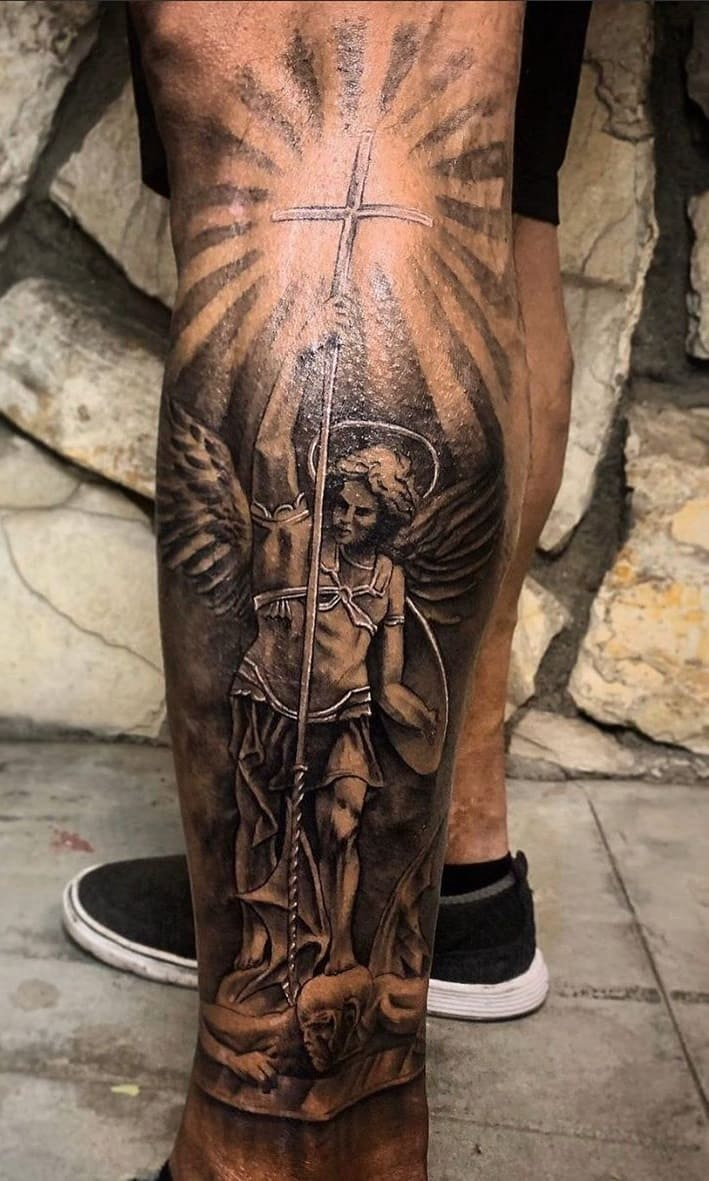 tatuagem-masculina-na-perna-23